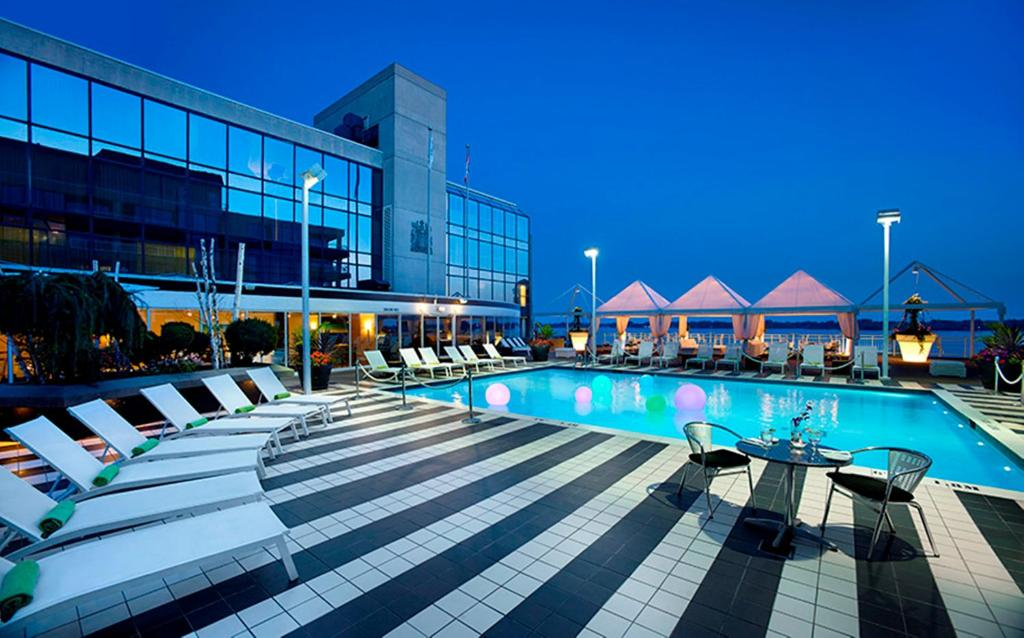 The swimming pool at or near Radisson Admiral Toronto Harbourfront