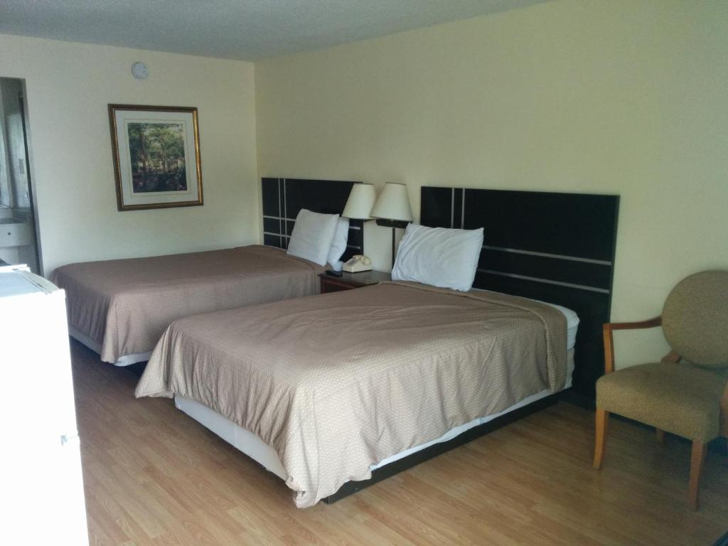 express inn east montgomery al booking com