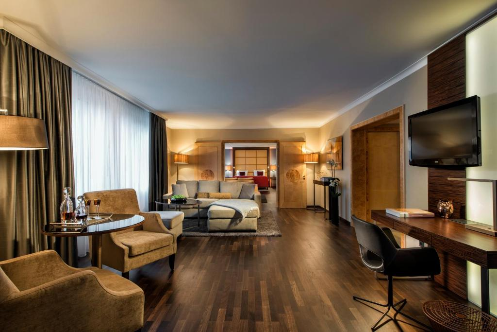 Hotel Palace Berlin Deutschland Berlin Booking Com