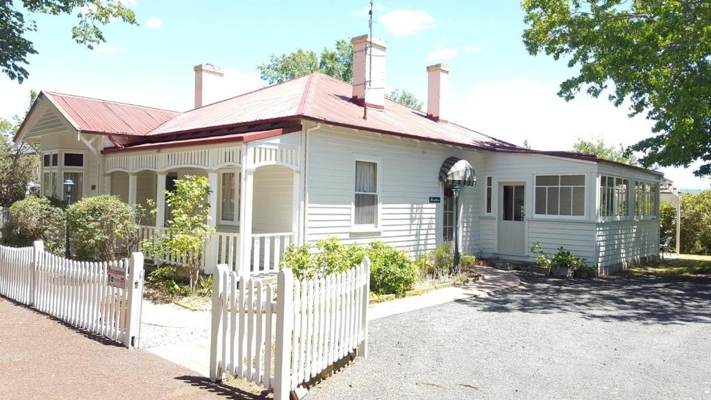 Image result for ross b&b accommodation ross tas