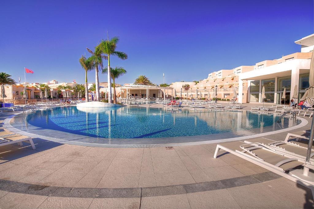 Bassein majutusasutuses SBH Monica Beach Resort või selle lähedal