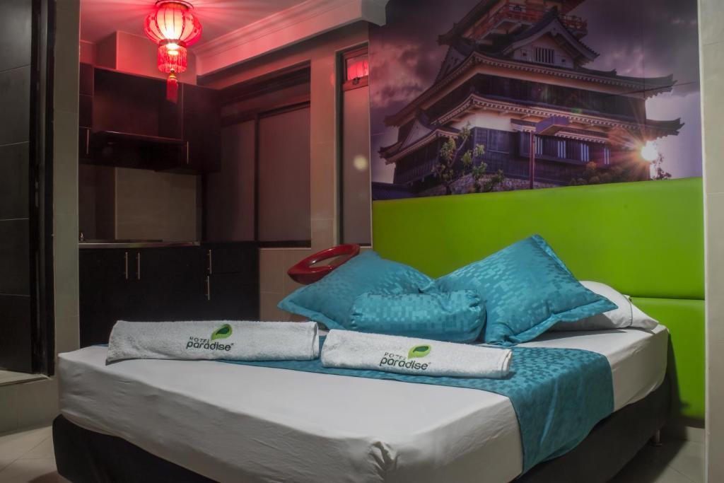 Hotel cerca : Hotel Paradise Bulerias