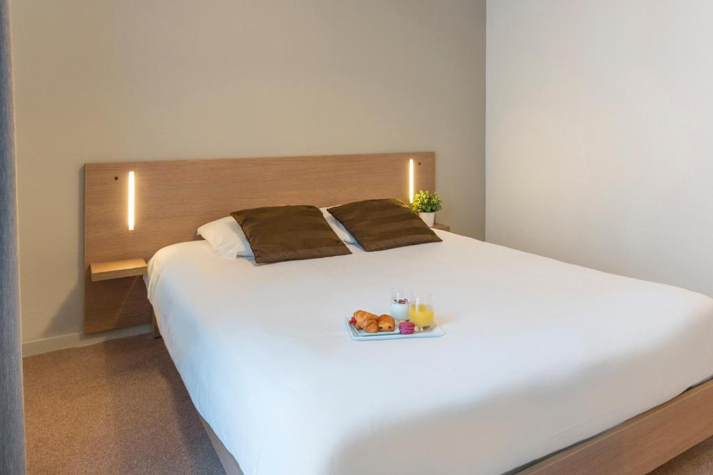 appart 39 h tel appt saint nazaire oc an france saint nazaire. Black Bedroom Furniture Sets. Home Design Ideas