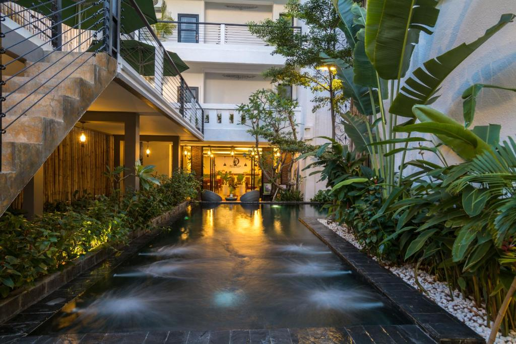 Unfinished Boutique Hotel And Monument >> Double Leaf Boutique Hotel Phnom Penh Cambodia Booking Com