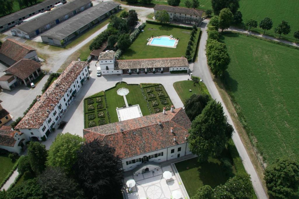 Borgo Dei Conti Della Torre