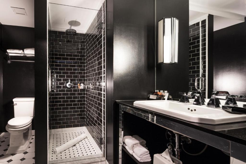 Room Mate Grace Nyc Reviews