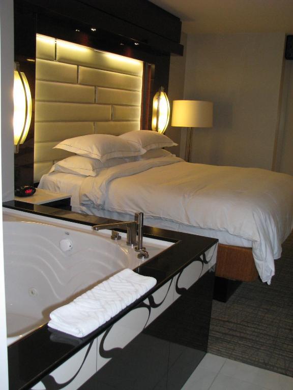 elara las vegas 1 bedroom suite.  Hotel Suites at Elara Las Vegas Strip NV Booking com