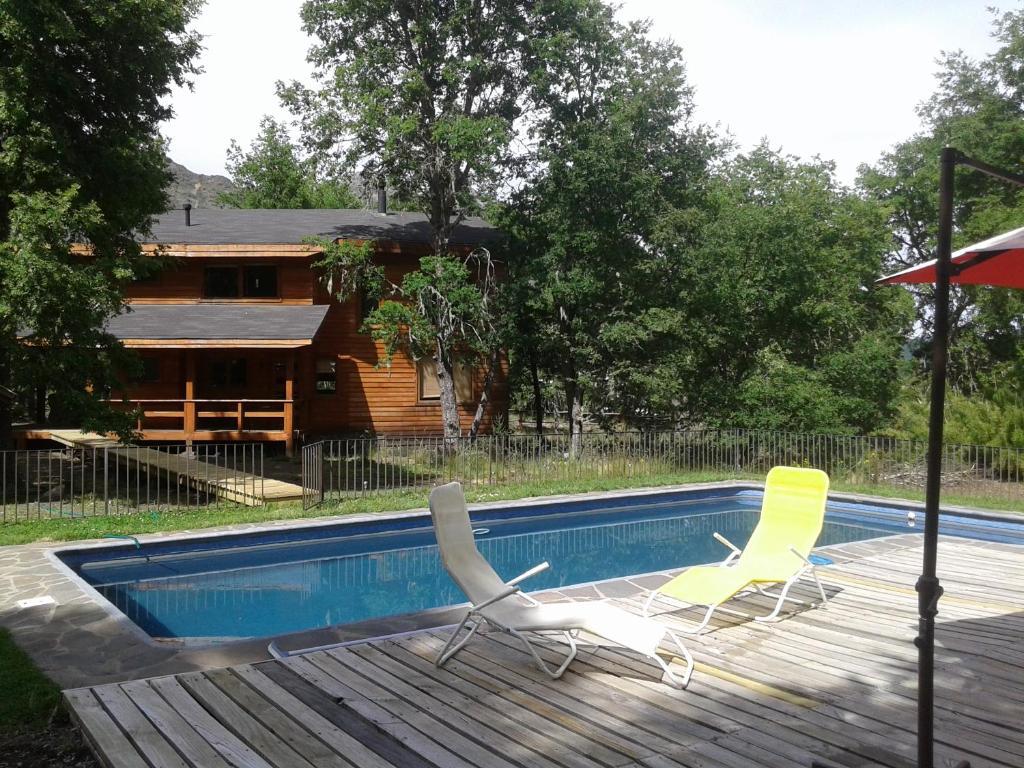 Caba as del bosque chile las trancas for Boquete piscina