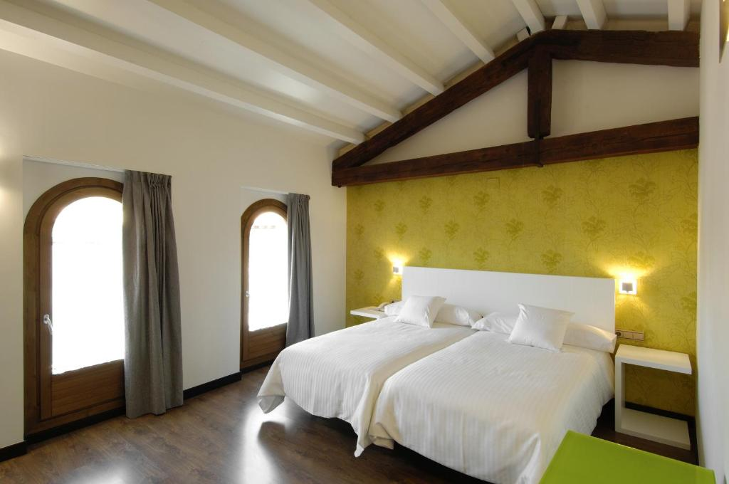 boutique hotels in aragon  125