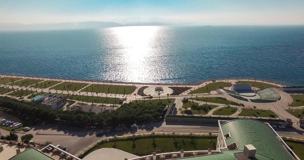 A bird's-eye view of Elite Hotels Darica Spa & Convention Center