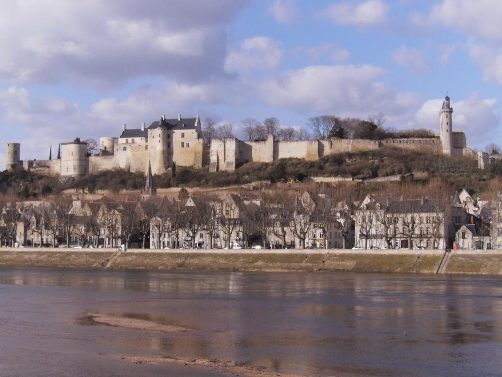 bed and breakfast au repos saint-jean, chinon, france - booking