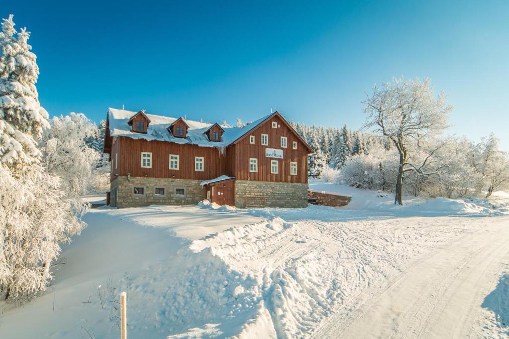 Hotel Jizerka 4 v zimě