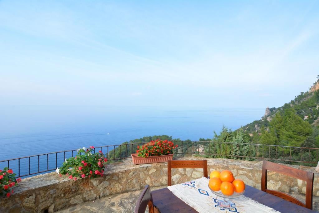 Vacation Home Sa Cova Banyalbufar, Spain - Booking.com