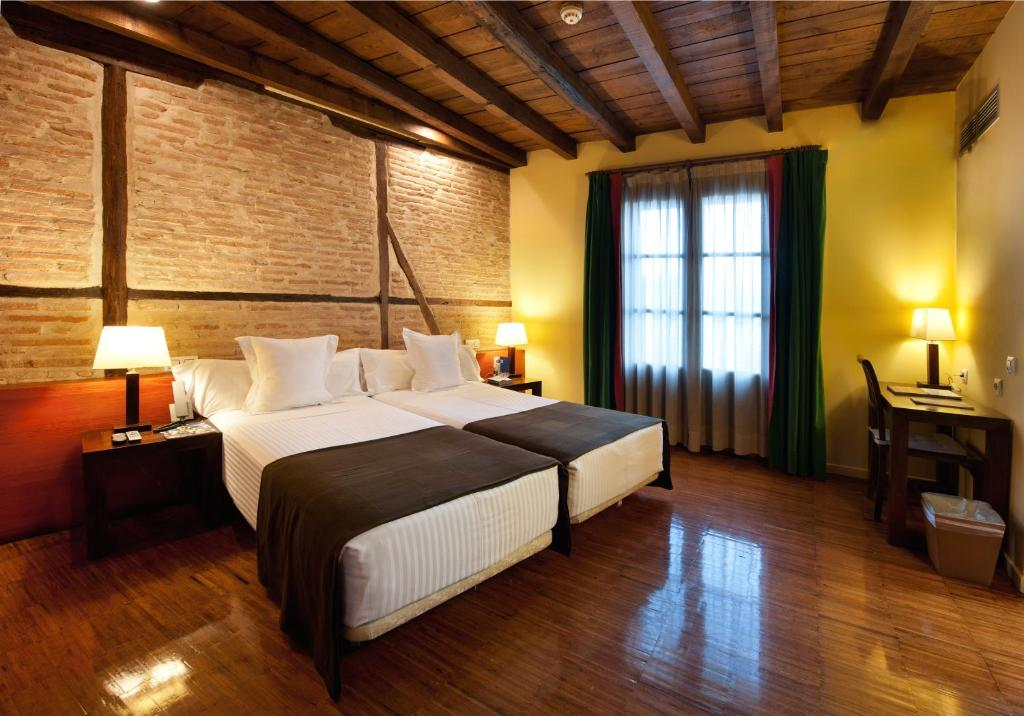 boutique hotels in toledo  4