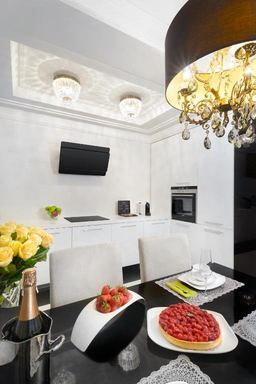 See all 5 photos  Close    Home 2 Home Haffnera. Apartment Home 2 Home Haffnera  Sopot  Poland   Booking com