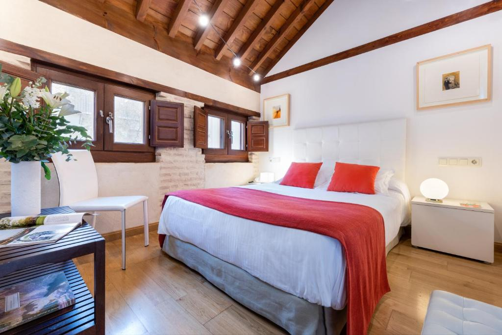 boutique hotels in granada  64