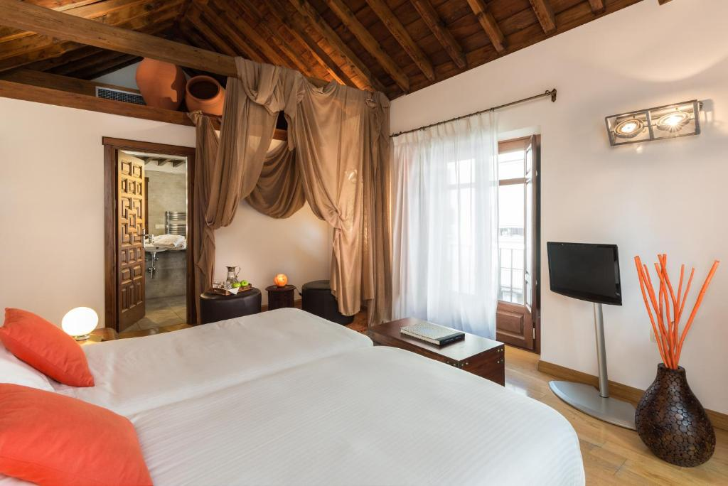 boutique hotels in granada  67