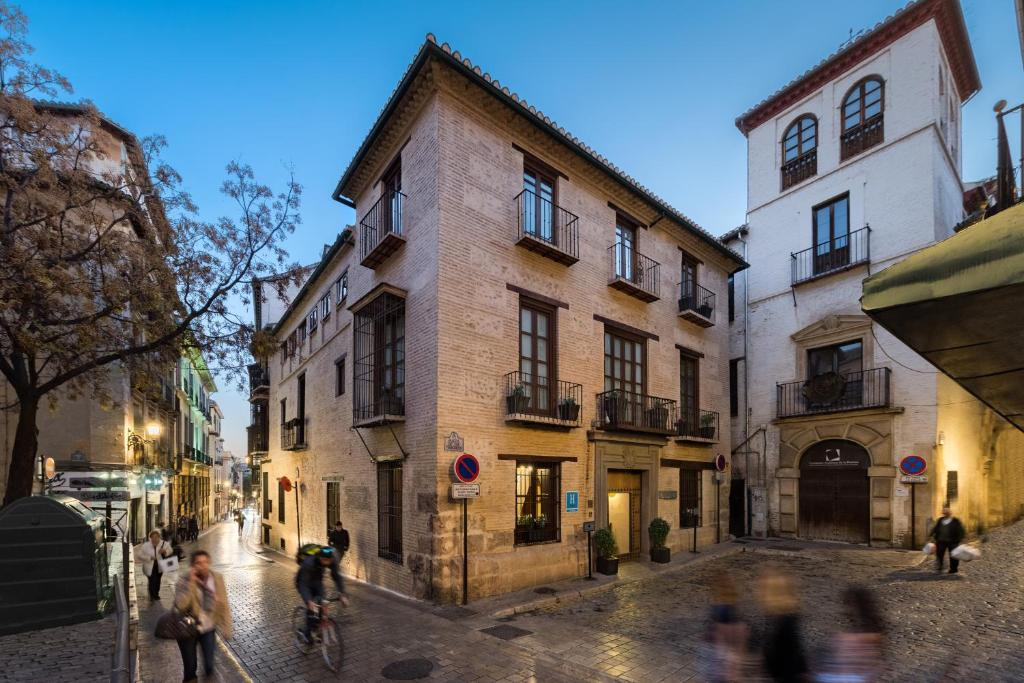 boutique hotels in granada  56