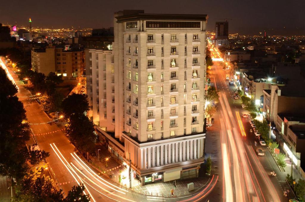 """Tehran Grand Hotel""的图片搜索结果"