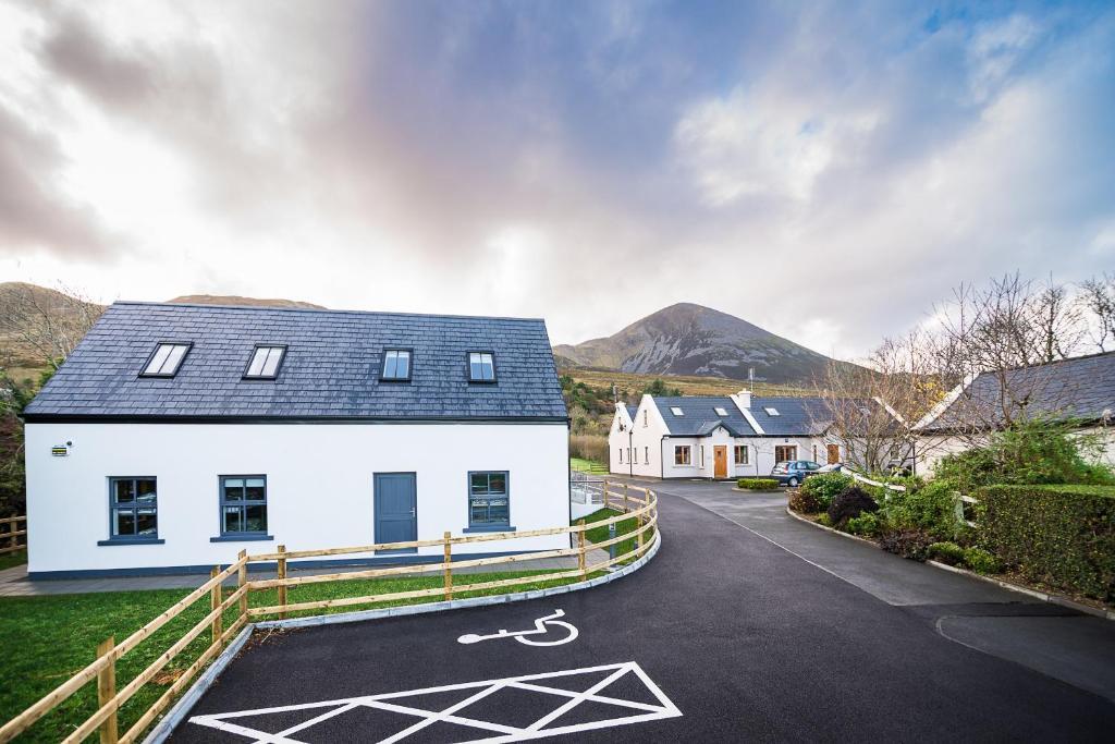 Croagh patrick hostel murrisk ireland for Westport ireland real estate