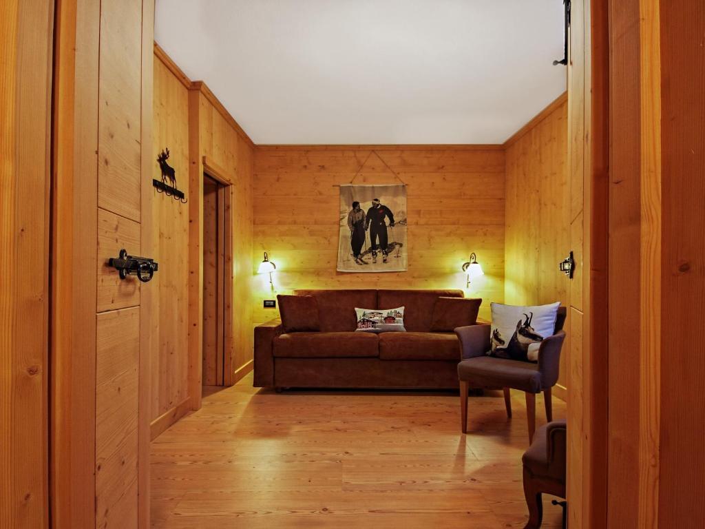 Hotel Baita Dei Pini, Bormio, Italy - Booking.com