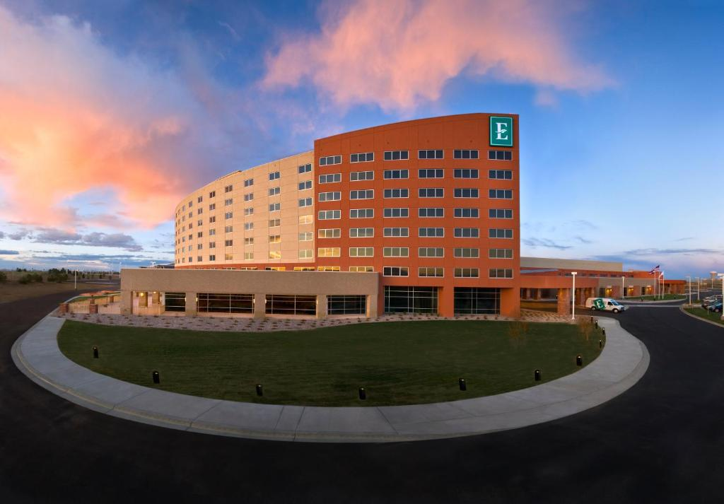 Lodging & Accommodations close by Downtown Loveland