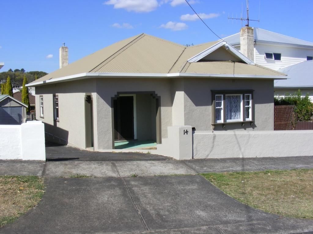 vacation home art deco house warrnambool australia booking com