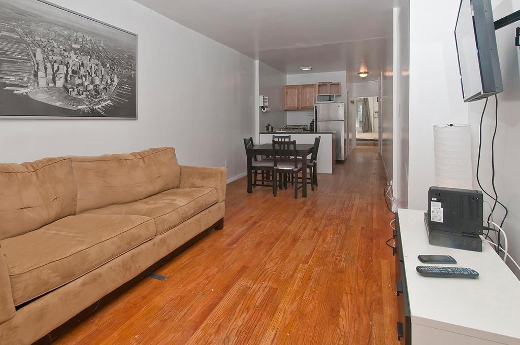 2 bedroom rentals in new york city. gallery image of this property 2 bedroom rentals in new york city a