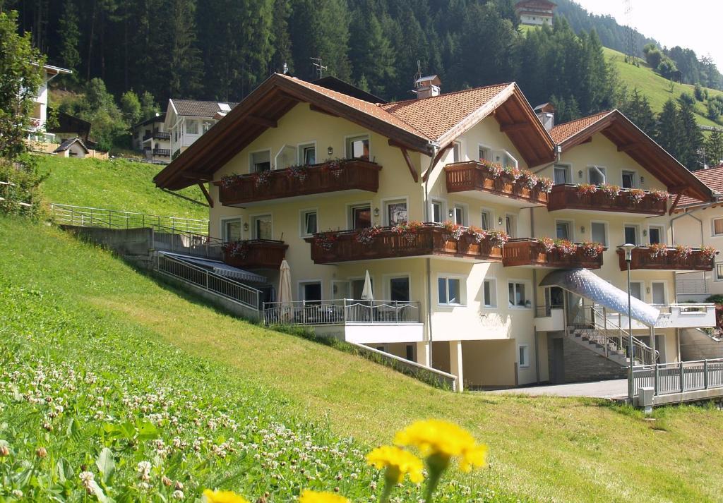 Nearby hotel : Apparthotel Sonnwies