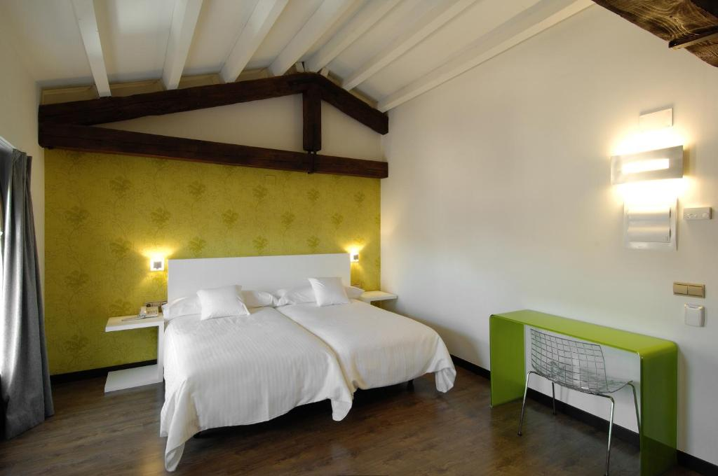 boutique hotels in aragon  141
