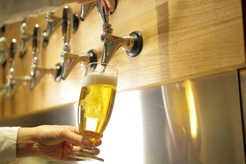 ポイント2.旅のはじまりのビール