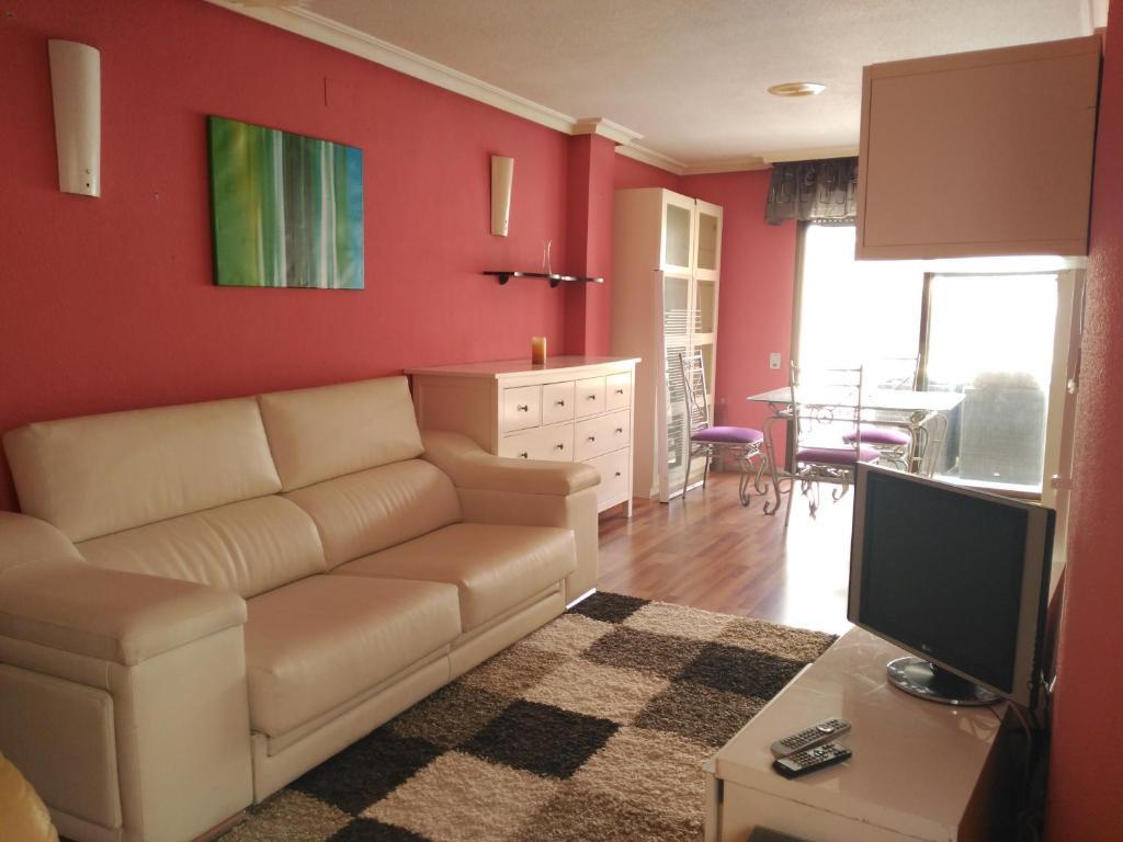 Apartamento Turistico Pie De Playa Torrevieja Spanyol Booking Com # Muebles Torrevieja