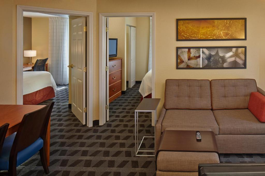 Towneplace suites by marriott orlando eastucf area orlando gallery image of this property solutioingenieria Choice Image