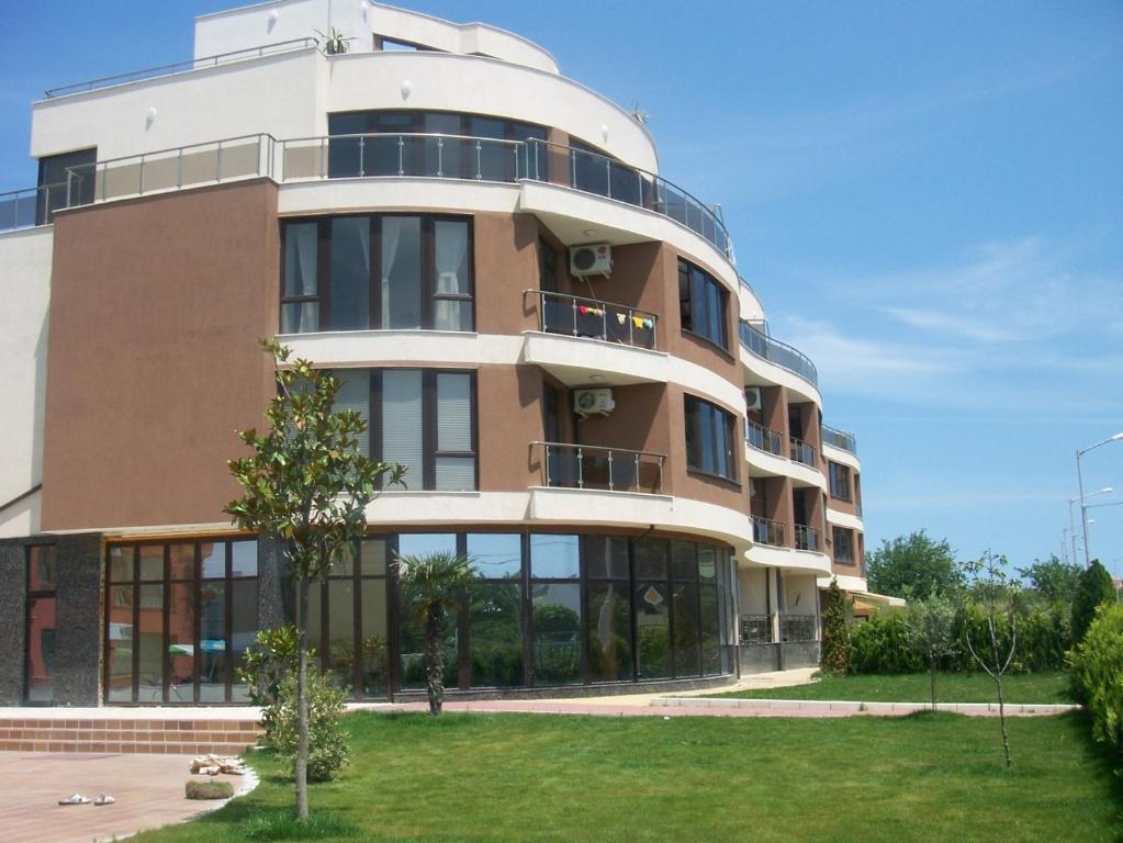 Апартамент Sea Wave Two - Bedroom Апартаментs - Несебър