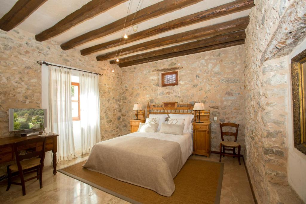 boutique hotels in campanet  7