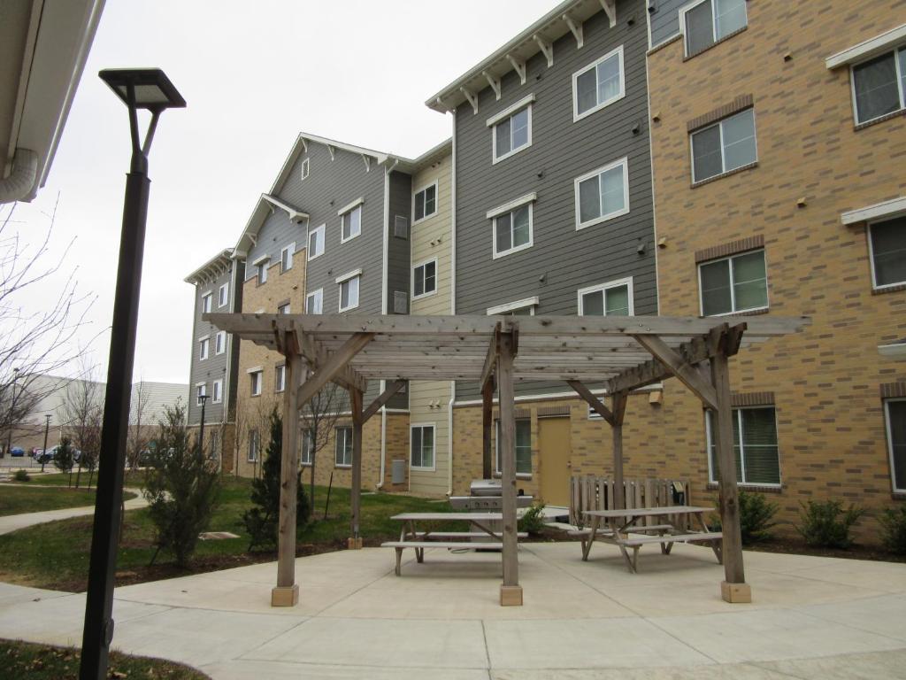 WaterWalk Hotel Apartments (USA Wichita) - Booking.com