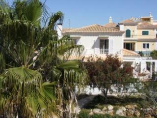 Casa de Férias Moradia Alvor (Portugal Alvor) - Booking.com 8d30593fa9