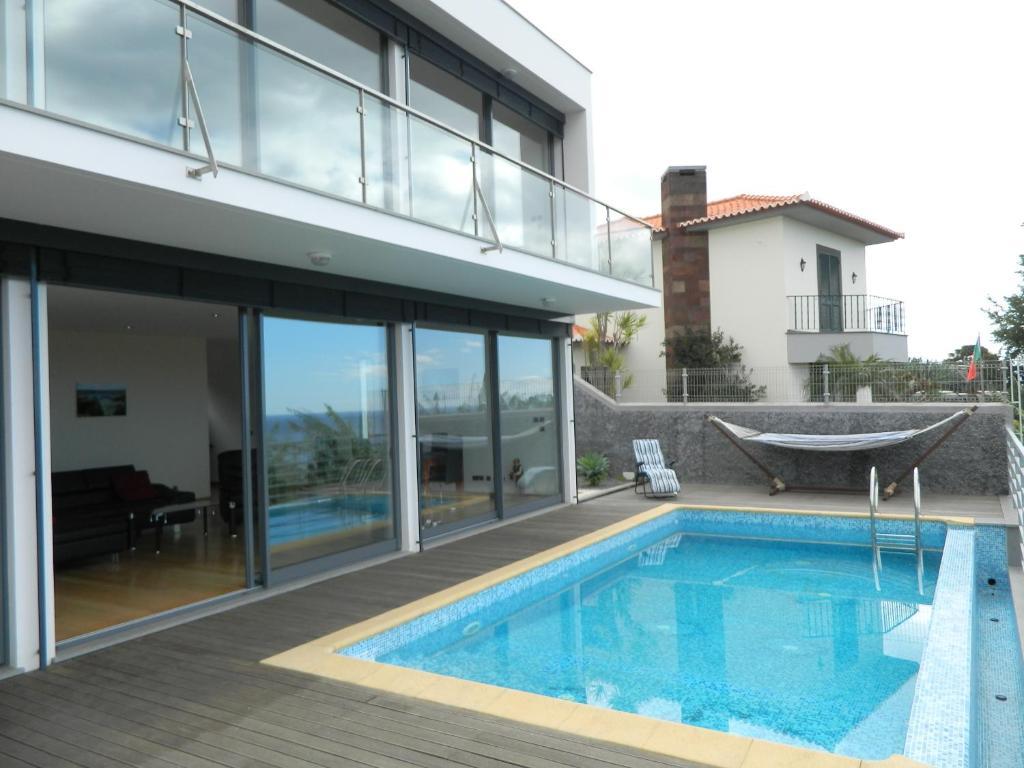 Villa boa vista funchal portugal for Villas vista suites