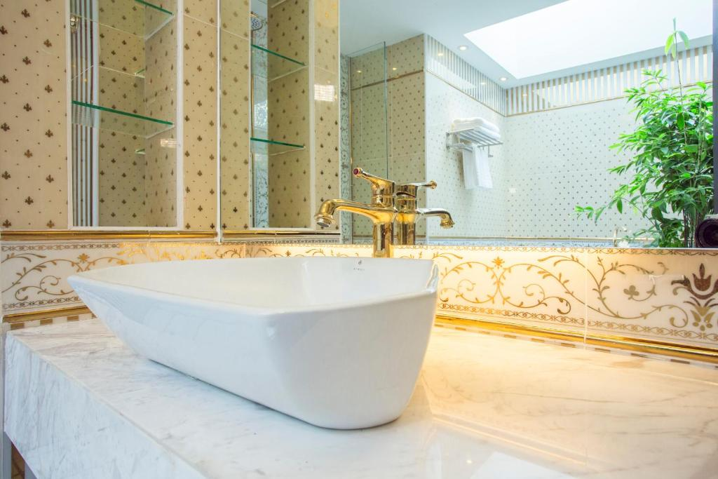 Bathroom Design Johor Bahru midori concept hotel, johor bahru, malaysia - booking
