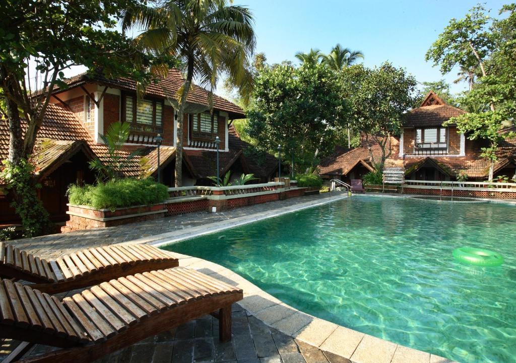 Punnamada Resort Alleppey India
