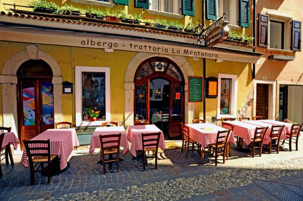 albergo la montanara (italia riva del garda) - booking.com - Arredo Bagno Riva Del Garda