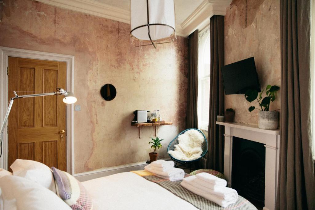 Hotel The Culpeper Bedrooms GB London Booking Custom Hotel Bedrooms