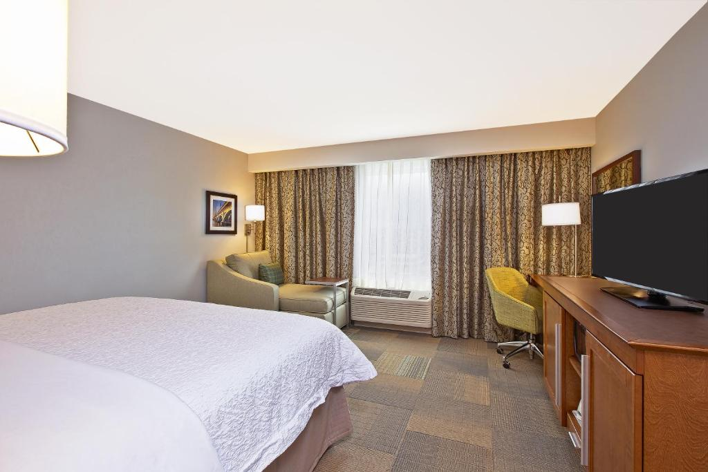 Hampton Inn Southfield West Bloomfi Farmington Hills Mi Booking