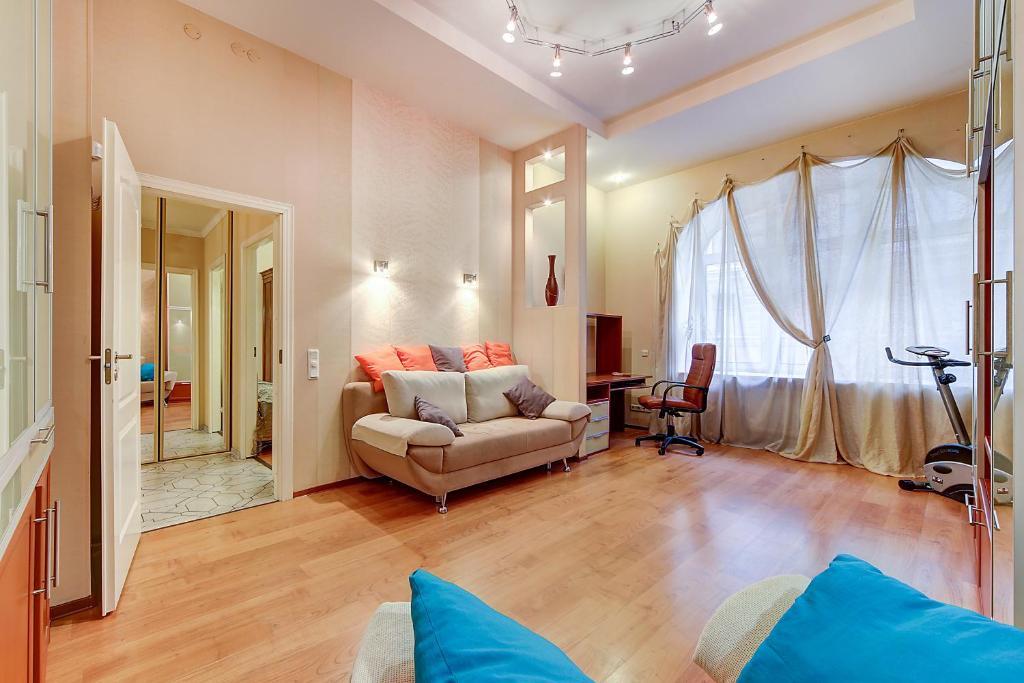 Гостиная зона в Apartment Vosstaniya 42