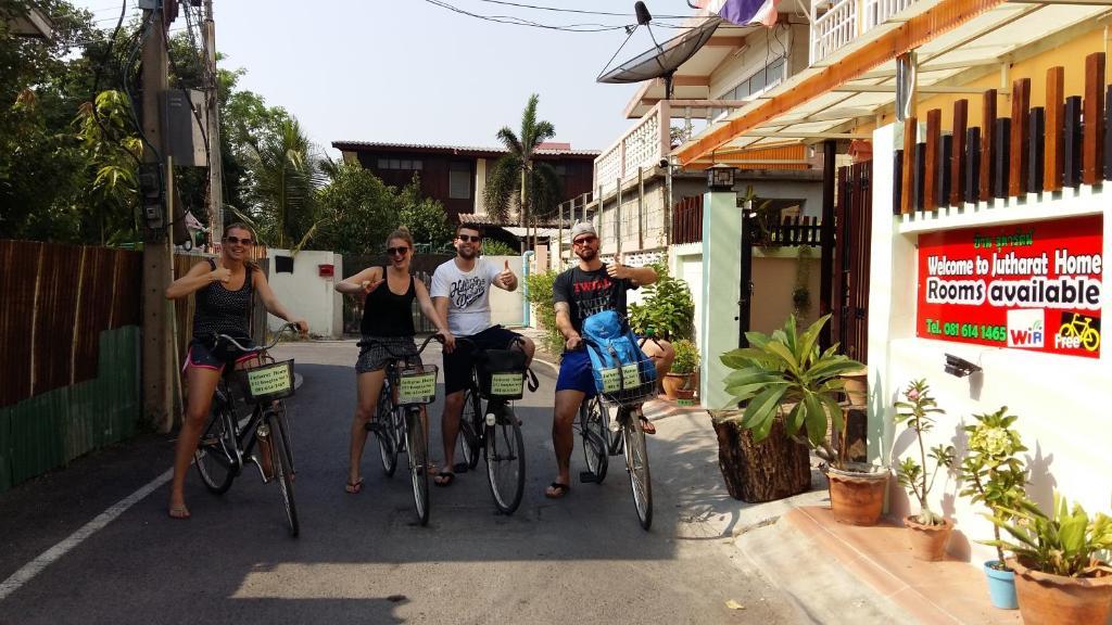 Jutharat home phra nakhon si ayutthaya u2013 prezzi aggiornati per il 2018