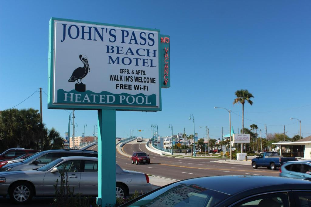 Johns Pass Beach Motel, St. Pete Beach, FL Booking.com