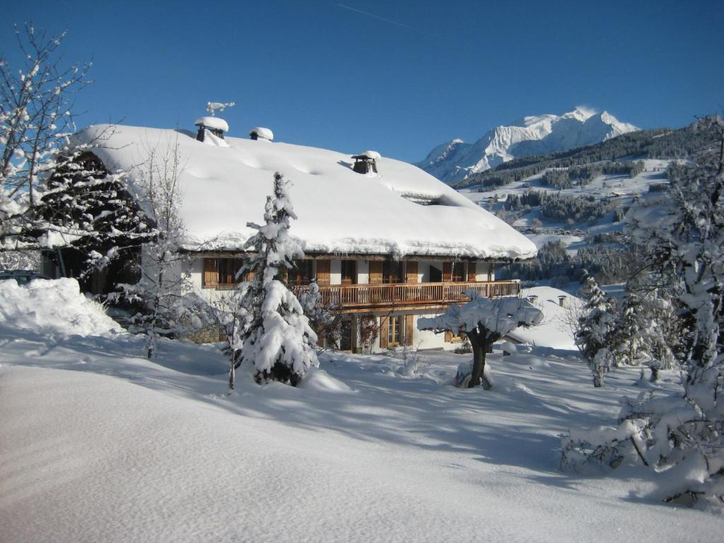 Apartments In Queige Rhône-alps