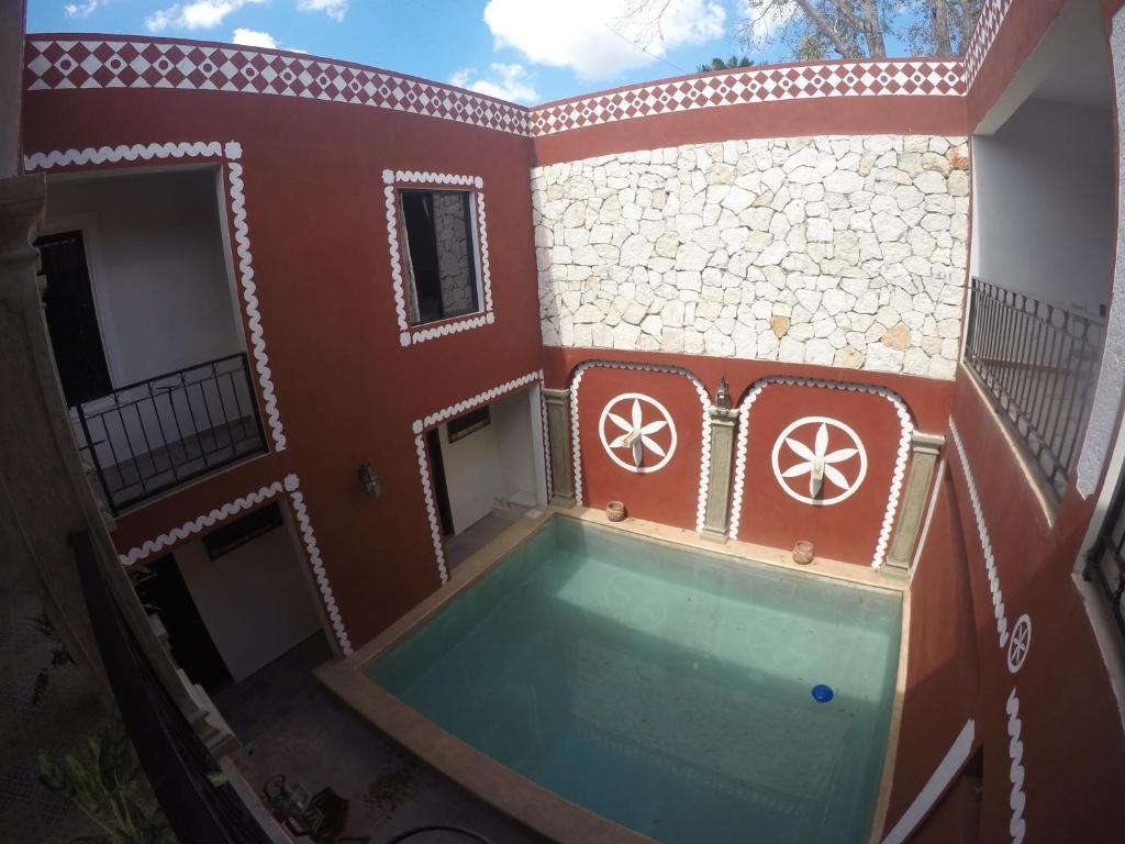 Der Swimmingpool an oder in der Nähe von Quinta Marciala Hotel Boutique