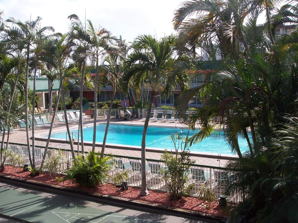 Hotel HI Fort Myers Beach FL Bookingcom