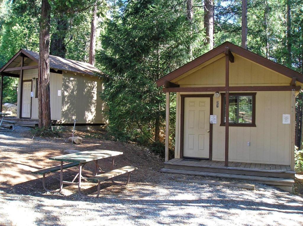 Yosemite Lakes Bunkhouse Cabin 35 Harden Flat USA Rooms